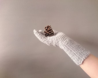 Grey ladies gloves - lambswool and mohair hand knitted ladies gloves - vintage style fine knit - Ringwood gloves