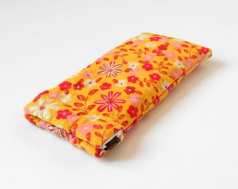 Microfiber glasses case, padded eyeglasses case, squeeze top, flex frame, snap shut, summer fun, soft lining, purse accessory, yellow floral