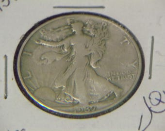 1937 P Walking Liberty Silver Half Dollar (QV12)