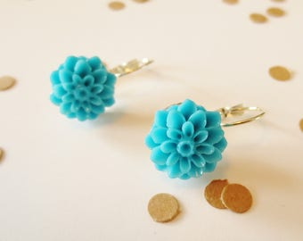 Blue Dahlia Dangle Earrings, Dangle Earrings, Silver Earrings, Dahlia Earrings, Blue Dahlia, Dahlia Flower, Mum Flower, Bright Blue
