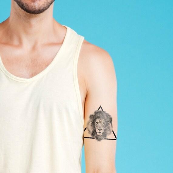 tatouage temporaire g om trique tatouage temporaire lion. Black Bedroom Furniture Sets. Home Design Ideas