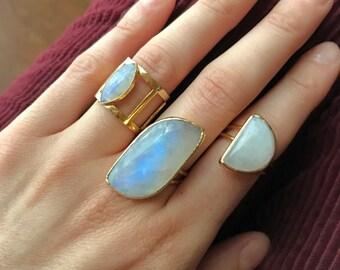 Moon stone ring // Moonstone Gold Ring // Moonstone Ring