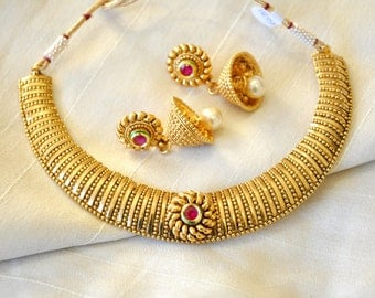 Antique gold design Indian necklace with jhumkis | Indian Jewellery | Indian Necklace | Temple Jewelry
