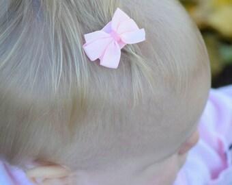 Britta - velcro hair bow - velcro bow - baby bows - baby headband - toddler bows - preemie headband- baby girl headband - tiny baby bows