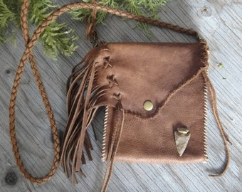 Moose Leather Purse. Native American Bag with fringes and arrowhead. Brown shoulder bag. Handmade fringed leather purse. Medecine bag