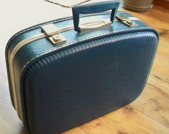 Luggage, Samsonite type, royal blue, vintage small suitcase,overnight bag