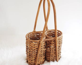 Vintage Wicker Wine Carrier, Summer Picnic Basket, Mid Century Modern Basket Wine Rack, 1960s Rare Romantic Summer Picnic Basket