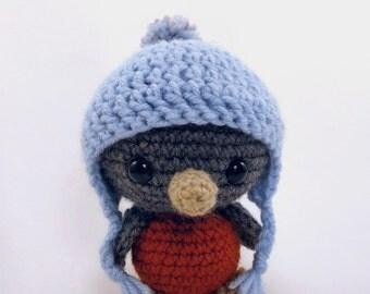PATTERN: Crochet bird pattern - amigurumi bird - crocheted bird pattern - robin - crochet bird softie - PDF crochet pattern