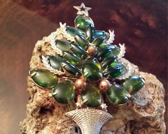 Vintage green Christmas tree pin