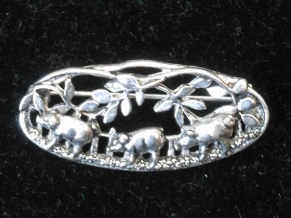 PIG BROOCH - Signed -  MASJ 91 - Vintage 1991 - Pigs - Silver plated pewter brooch - 1990's - Welsh - Wales