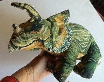 Stuffed Dinosaur,Jurassic Park Toy,Dinosaur Gift,Dinosaur Toy,Plush Dinosaur,Jurassic Gift,Jurassic Collectible,Dinosaur Lover,Dinosaur