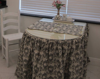 TABLE SKIRT with gathered drop