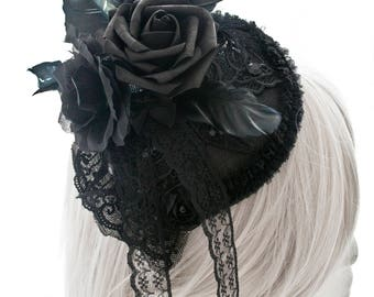 Black flower and feathers fascinator-gothic fasscinator-feather fascinator-fascinator-wgt