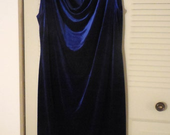 Woman's  dressy Dress, Size 20, Dark blue Velvet,  Party dress, Dinner dress, Vintage