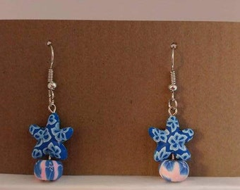 Blue and white star with pink and blue bead with silver fishhook