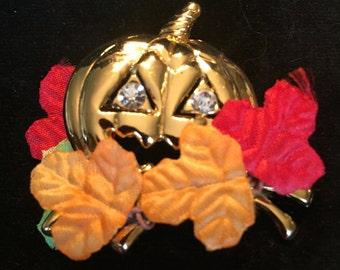 Avon Pumpkin/Halloween Pin