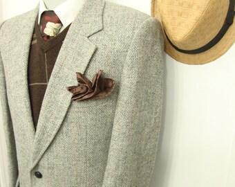 Vintage Classic Grey Herringbone Tweed Wool Sport Coat / Men's Hunting Blazer /Patch pocket  Suit Jacket / Size 38 / Medium / M / Ivy League