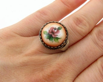 Dainty jewelry ring Flower ring rose Enamel ring vintage Rose flower rings for women Rose ring boho ring Rose signet ring Champagne band