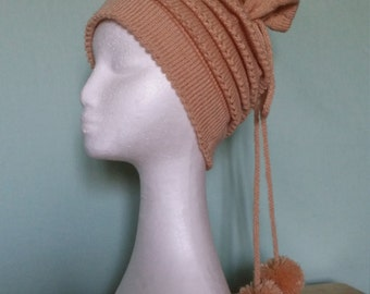 Handmade knitted reproduction 1940s picot edge tiered hat with bobbles.