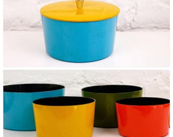 Colorful Nesting Snack Bowls with Lid Mid Century