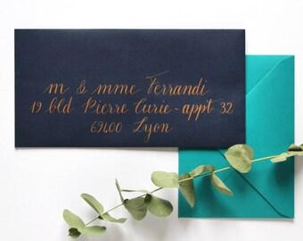 Enveloppes calligraphie à la main - mariage, baptême et tout événement | Style Sirocco | Calligraphie d'adresses invitation événements