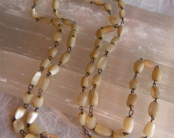 SALE! Vintage 1920s Mother of Pearl Bead Necklace