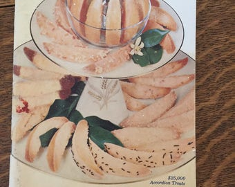 Pillsbury 9th Grand National recipe book