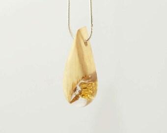 Necklace-pendant wood-Hazel - Inclusion leaves of gold-form of drop-calendar Celtic-unique piece