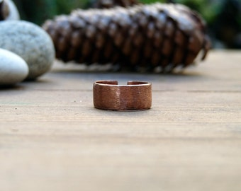 Copper ring. Hammared and brushed band copper ring. Mens and Woman copper ring. Unisex ring. Adjustable copper ring.