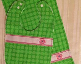 Baby Bright Green Ploka Dot Bib and Burp Set, Cute Baby Shower Gift Girl,  Pink Daisy Bib, Baby Girl Bib, Bright Green Bib, Polka Dot Bib