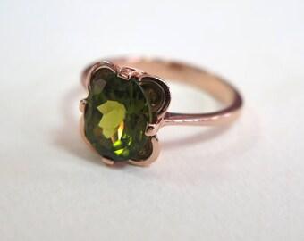 Peridot Ring - 14k Peridot Ring - Gold Vintage Ring -Peridot Vintage Ring - Vintage Peridot Ring - Rose Gold Ring - Green Peridot Jewelry