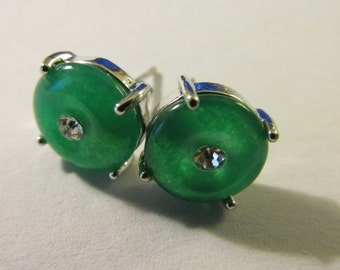 Emerald Green Chinese Round Jade Stud Earrings, 10mm