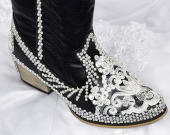 Black Wedding Bridal Cowboy Boots. Wedding Bridal Black Shoes. Western Black Boots with White or Ivory Lace and Pearl. Bridal Shoes.