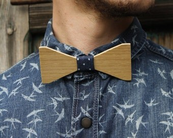 Oak and Walnut bowtie < central part in Jeans polka dots adjustable necklace >