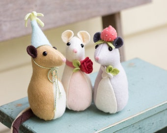PDF Pattern - 'Pickle Mouse' - Felt Mice Softies  - Instant Digital Download - Plush Children's Toy