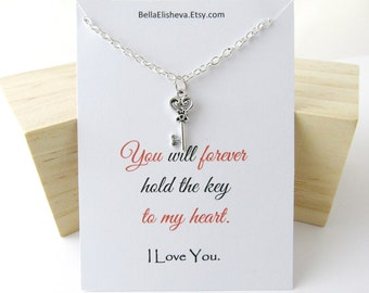 Key necklace for Women. Skeleton Key Necklace. Key to my Heart Necklace. Valentine's gift for her. Anniversary Present. Gift for her.
