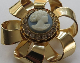 Vintage Cameo Brooch Vintage Jewelry Gold Tone Cameo Bow Pin