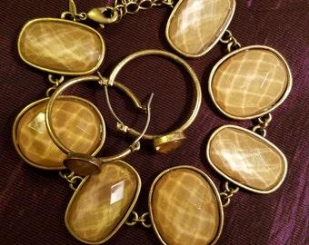 Bracelet & Earrings Set / Avon