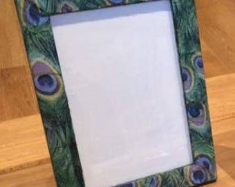 6x4 hand decorated peacock photo frame