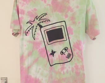 Palm Tree Gameboy DIY Grunge Tie Dye Shirt - MEDIUM