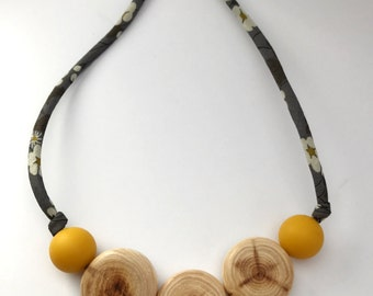 Nursing necklace/teething necklace: aromatic juniper and liberty (grey and mustard)