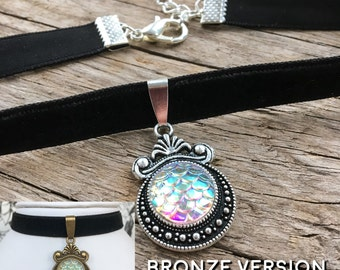 Mermaid Scale Choker Necklace | Pearlescent