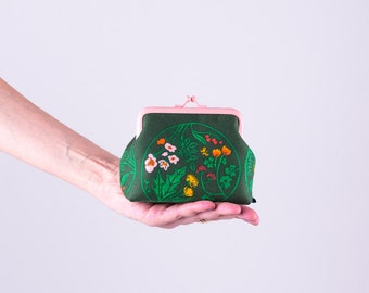 Green Floral Coin Purse, Change Purse, Kiss Lock Purse, Pink Metal Frame Purse, Cute Purse, Money Purse, Mini Clutch, Gift for Her