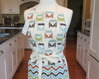 Volkswagen Bus Apron, Made in USA Apron, Womens Apron, Chefs Apron, Cute Retro Apron, Vintage VW Bus Apron, 60's & 70's Inspired Apron