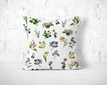 Flower Throw Pillow, Shabby Chic Pillow, Floral Pillow, Vintage Flower Pillow, White and Green Pillow, Pretty Throw Pillow, Cute Pillow