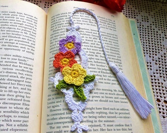 Crochet Bookmark; Floral Bookmark; Book Accessories; Free domestic shipping