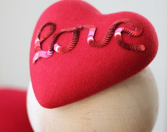 Love Red Heart Fascinator, Red Valentine Heart Headpiece, Red Heart Fascinator Hat, Red Valentine Hair Accessory