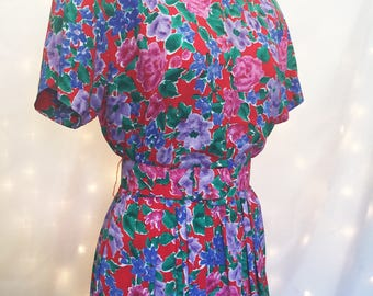 Vintage Floral Dress - Vintage Red Dress - Long Dress with Matching Belt - A-Line Vintage Dress with Short Sleeves - Retro Pinup Style Dress