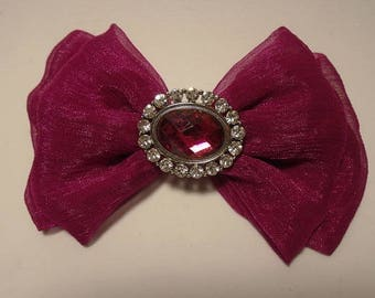 Beautiful Magenta bow for girls