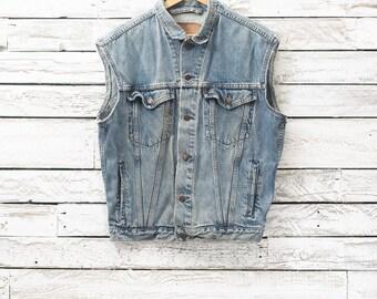 LEVIS sleeveless denim jacket | Vintage sleeveless jacket | Sleeveless jean jacket | Levis sleeveless jacket | Denim vest | Levis jean vest